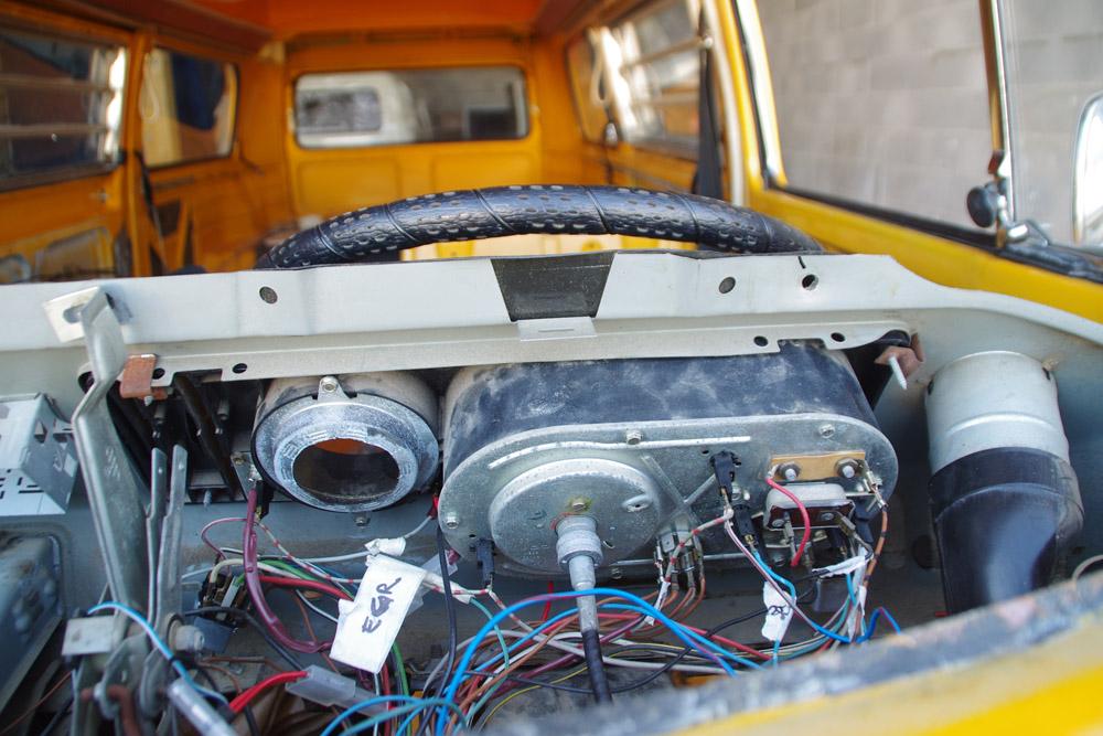 Garage mobile pour v hicules anciens montpellier lunel n mes l 39 atelier des vieilles - Garage volkswagen montpellier ...